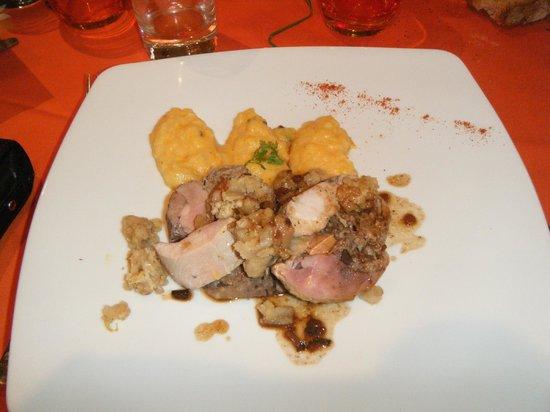Le Lautrec : pintade farci marrons glacé,potiron