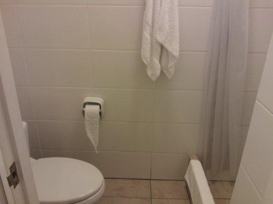 Girasoles Hotel: el baño