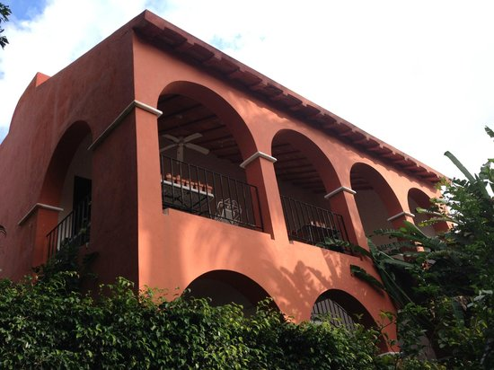 Casa Santiago: one of the houses