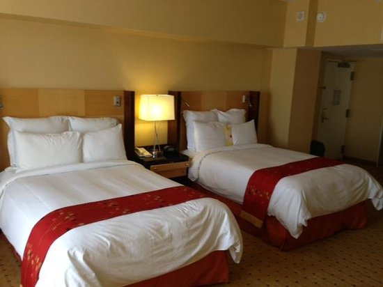 San Francisco Marriott Union Square: two queen beds