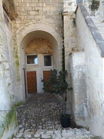 Hotel Sassi : L'entrata delle camere dall'esterno
