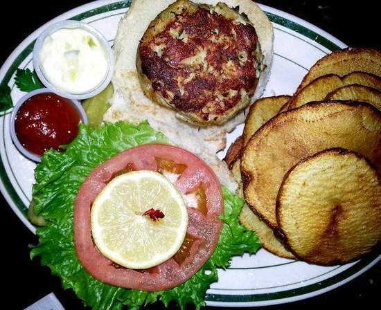 McGarvey's Saloon and Oyster Bar: Crab cake sandwich with fries