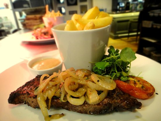 McGettigans Cookhouse & Bar: Rib Eye Steak