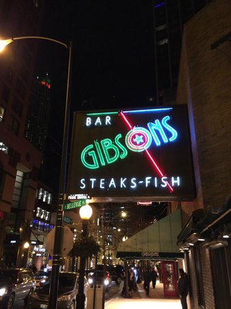 Gibsons Bar & Steakhouse: Gibsons