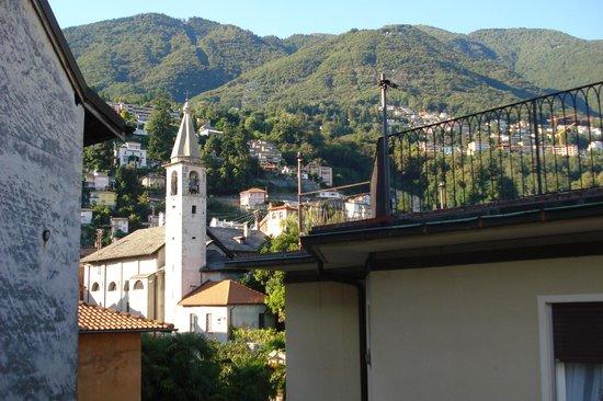 Hotel Dell'Angelo: Aussicht vom Dachzimmer 2009