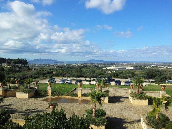 Baglio Oneto Resort and Wines: Panoramica della stanza 219