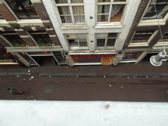 Amsterdam Central Bed and Breakfast: view from the loft room window