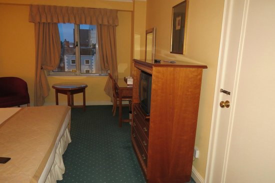 Grafton Capital Hotel: Room 3