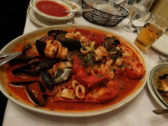 Tony's Di Napoli - Midtown: Tony's Di Napoli