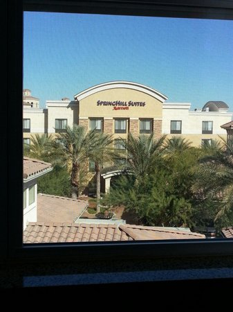 Residence Inn Phoenix Glendale Sports & Entertainment District: View from our room