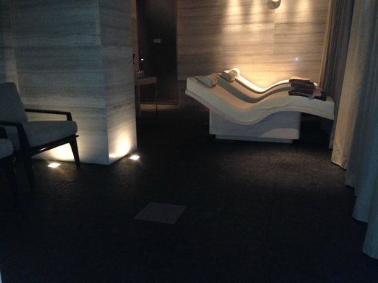 Four Seasons Hotel Toronto : The SPA-Relaxation waiting room