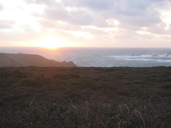 Old Success Inn: Sun set over Lands Ends
