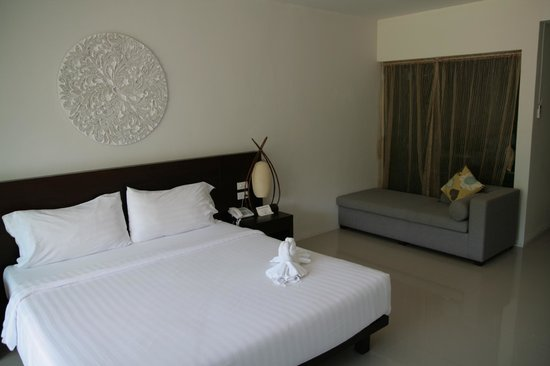 L'esprit de Naiyang Resort: Room in the day