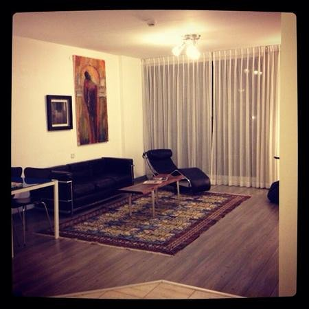 The Diaghilev, LIVE ART Boutique Hotel : living room