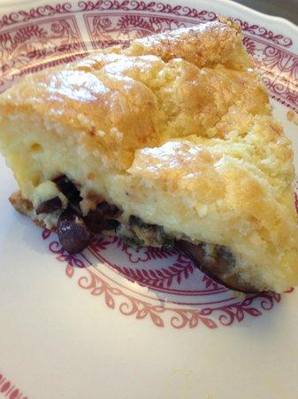 Nutmeg Inn : mushroom and scallion quiche
