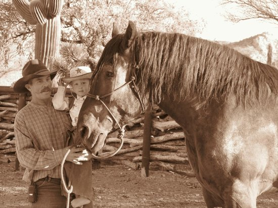 Tanque Verde Ranch: gully e steve