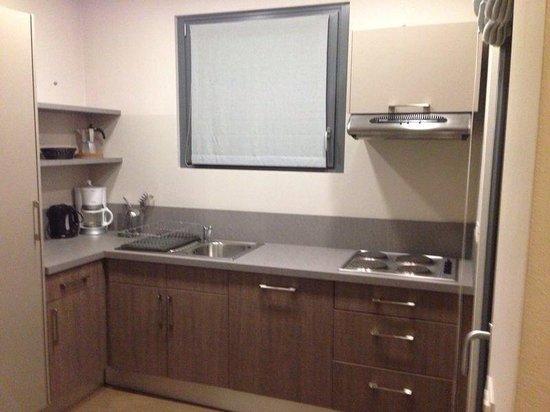 Residence Comacina: Cucina