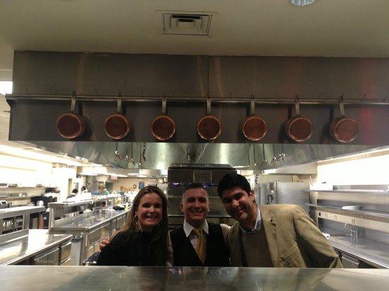 The London Bar: Kitchen!
