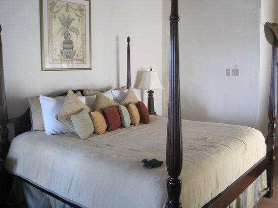 Coyaba Beach Resort: Beautiful room