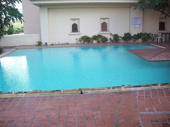 Chiangmai Grandview Hotel: pool