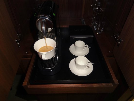 The Langham New York Fifth Avenue : The lovely Nespresso