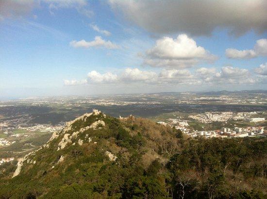 Castle of the Moors : Castelo visto desde Palacio da Pena