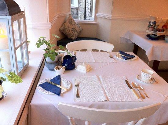 Ash Meadows Guest House: Breakfast Room