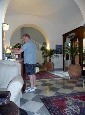 Hotel Miramare : Reception area