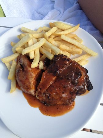Couples Tower Isle: Jerk Chicken from the grill
