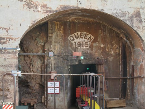 Queen Mine Tours: Mine Entrance