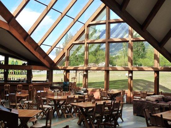 The bar and lounge at Hotel Las Torres Patagonia