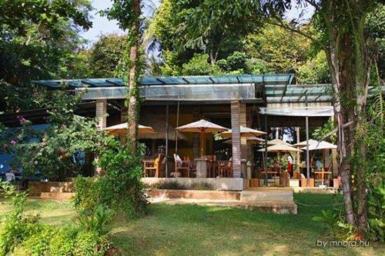 Little Moon Villa Resort: Little Moon restaurant