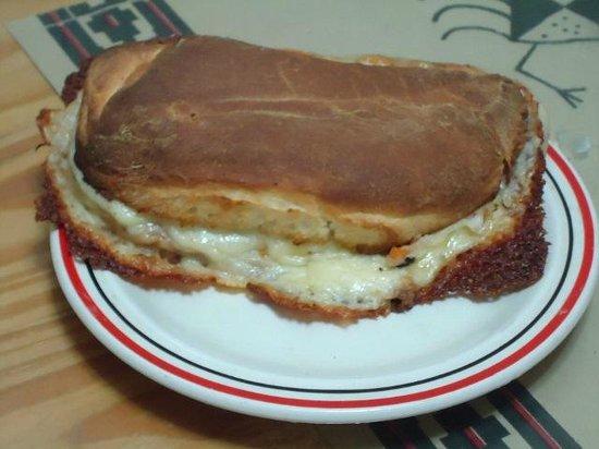 La Marcianita: Marcianito ,pan casero especial,muy rico,