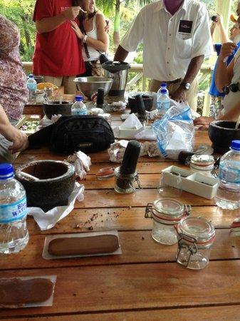 Boucan by Hotel Chocolat: Making Chocolate Workshop