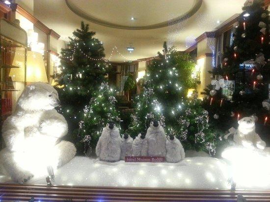 Maison Rouge Hotel : Рождественское оформление