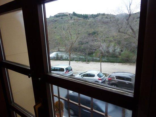 Casona de la Reyna : Sights from the room to Tajo river.
