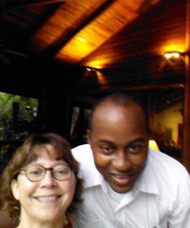 The Lodge and Spa at Pico Bonito : Me and Harold, one of the waiters at Pico Bonito Lodge