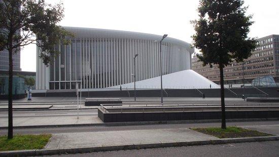 Philharmonie Luxembourg: la vista da fuori