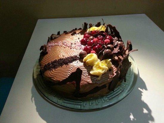Queen Boulevard: La tarta del escaparate