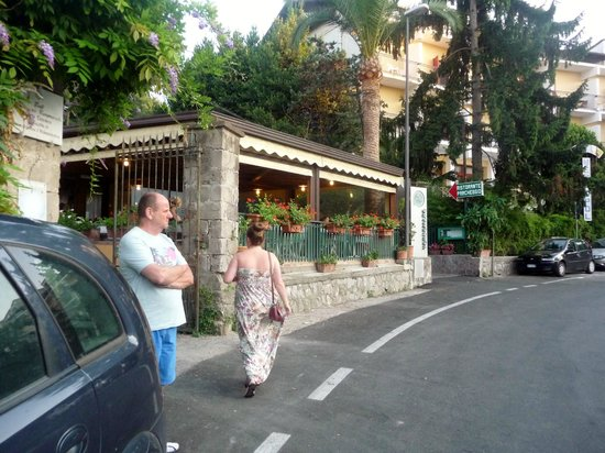 Verdemare: Outside view