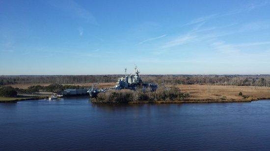 Hilton Wilmington Riverside: USS N  Carolina