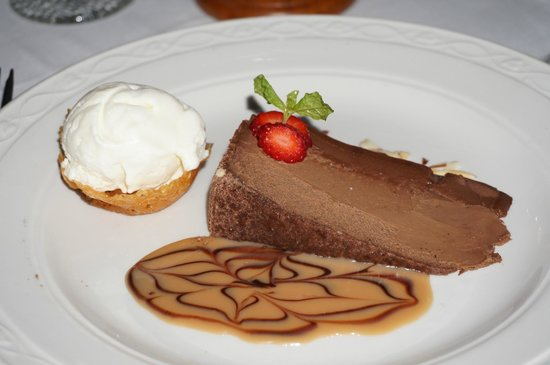 Champers: Double Chocolate Cheesecake