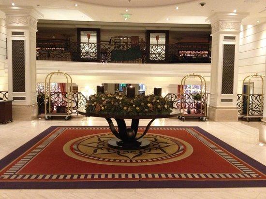 Corinthia Hotel Budapest: l'entrée