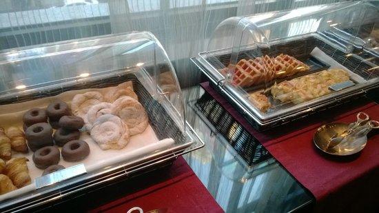 Vincci Capitol Hotel: Desayuno