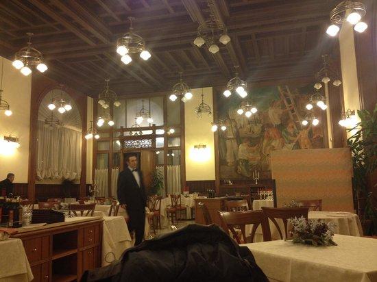 Grand Hotel Piazza Borsa: Almuerzo