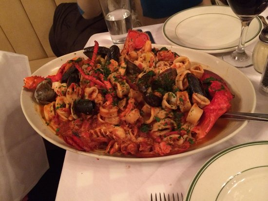 Tony's Di Napoli - Midtown: Pasta seafood with Lobster