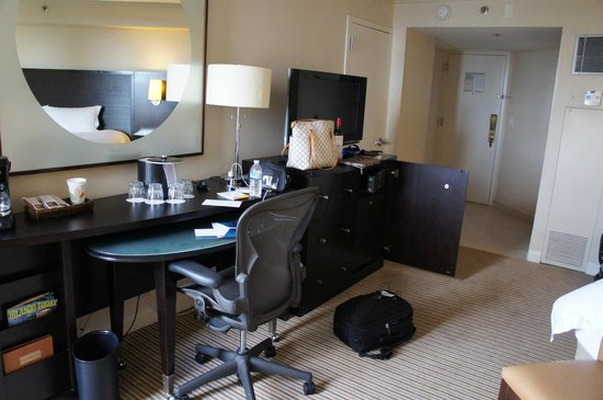 Hilton Orlando Buena Vista Palace Disney Springs: a