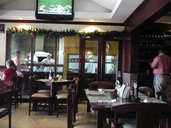 Pane e Vino: Inside the restaurant