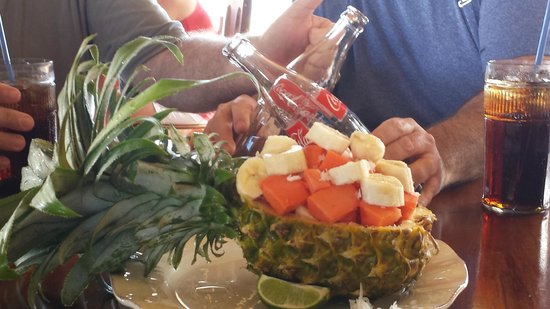 De Tatch: The pineapple was delish!