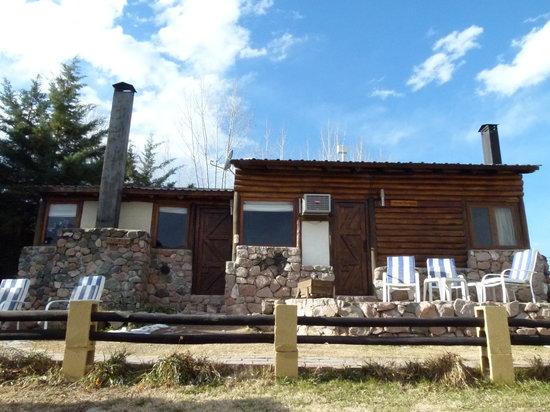 Casona y Cabanas Rio Mendoza: Fachada Cabañas